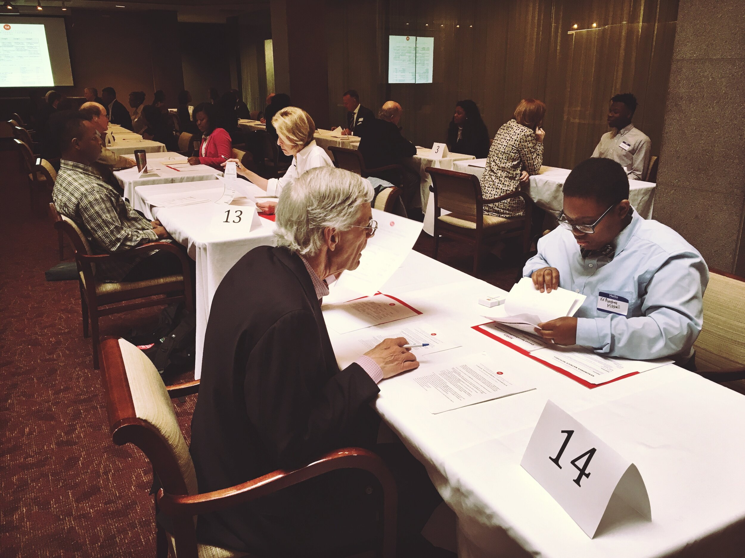 当地工作——行政实习项目允许在伯明翰学院注册的12年级学生与当地企业竞争带薪实习机会. 55名学生被选中参加该项目,他们将获得120小时的工作经验,并参加专业发展课程.