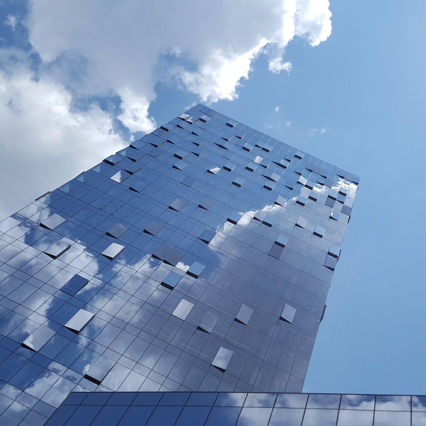 ——亚特兰大建筑改善挑战赛社区项目(完成)亚特兰大建筑改善挑战赛(abc)是一项针对亚特兰大市区商业建筑的自愿项目,建筑业主承诺到2020年将能耗和用水量减少20%(2009年基准). 美国广播公司以20分达到了这一目标.比计划提前两年减少3%的能耗.这是亚特兰大市的联合倡议, Southface, 亚特兰大中部进展, 中城联盟, 和宜居的鹿头社区