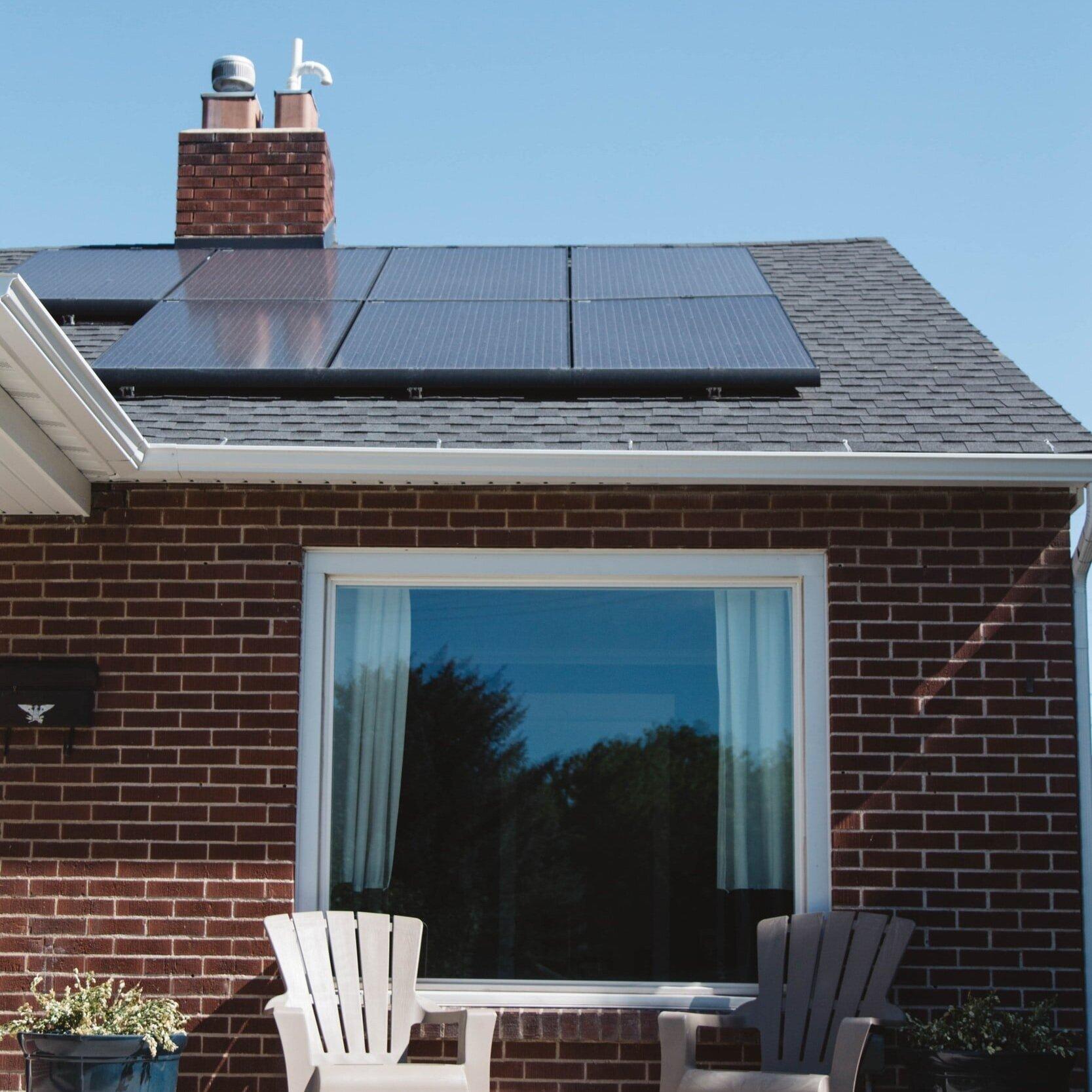 solar Atlanta - 全社区的计划(完成) solar Atlanta是一个以社区为基础的太阳能团体采购活动,使亚特兰大居民更能负担得起和获得太阳能. 太阳活动利用群众的力量来拯救一些主要的绿色,同时住宅和企业也变得绿色.这是Solar CrowdSource的联合项目, 环境格鲁吉亚, GIPL, 亚特兰大进步中心, 亚特兰大, 塞拉俱乐部, USGBC格鲁吉亚, 宜居的鹿头社区, 和Southface.