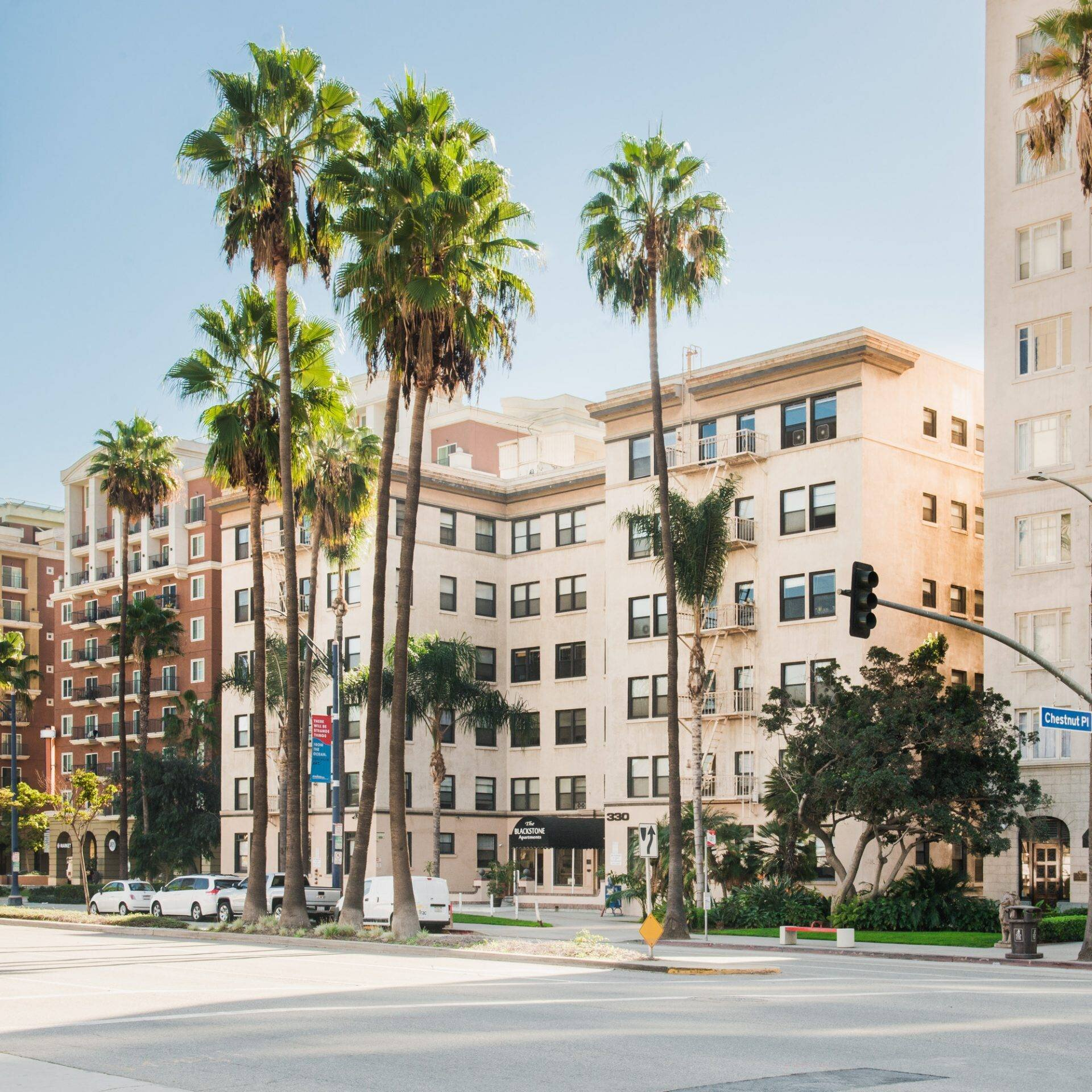 The Blackstone Apartments - The Blackstone Apartments are a historic landmark built in 1923. The Blackstone has 106 studio-style and one bedroom units and is located across from the Pike and the Aquarium of the Pacific in the heart of downtown Long Beach.