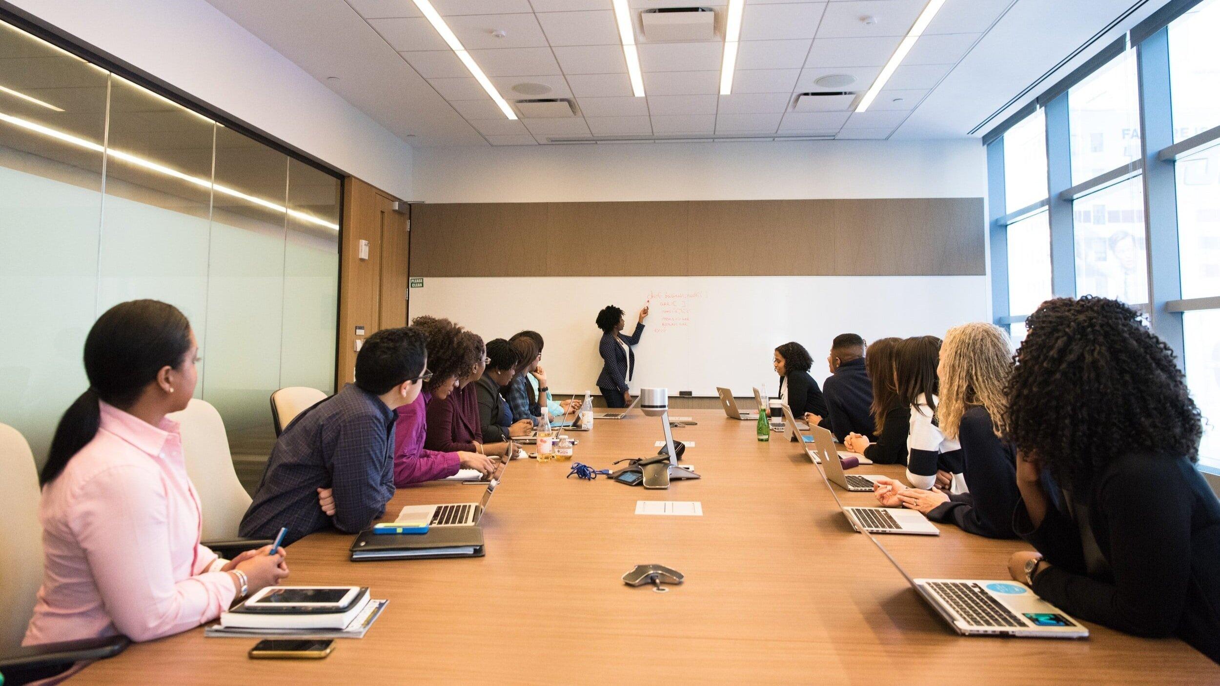 十博APP电竞比赛 - 十博APP电竞比赛是一个专属于会员的每月教育系列,旨在为会员提供一个了解和讨论重要政策问题的私人场所, 行业趋势, 以及其他重要的专业发展话题. 节目将包括著名的演讲者来讨论商业问题, 经济, 以及对建筑行业和我们的成员至关重要的政策问题. 2021年的主题将包括与领导人讨论大麻安全和法规, 公共采购, 税收政策变化, 带薪休假法例, 网络安全, 建筑行业部门等等!