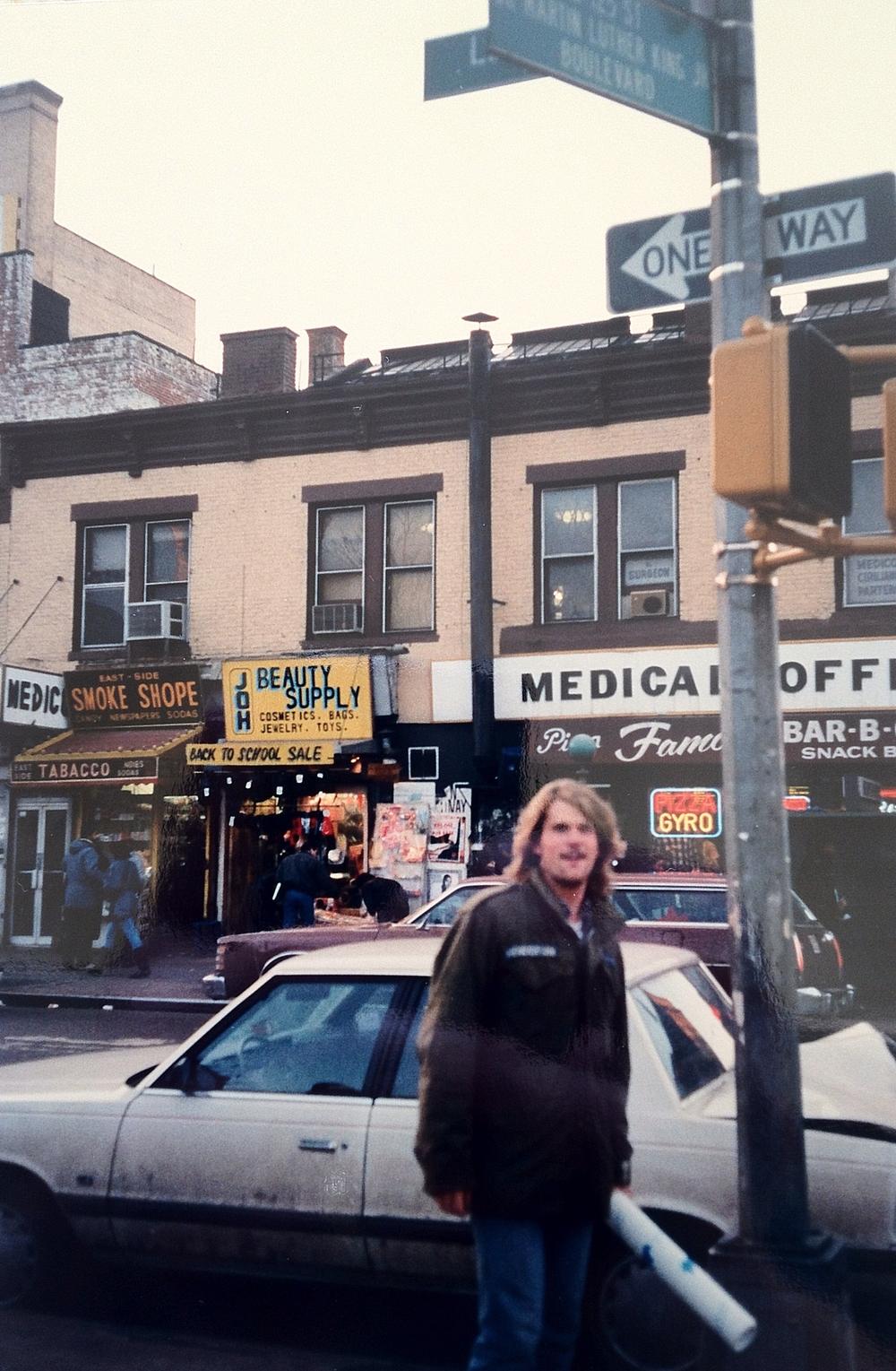 Tourist (1989)