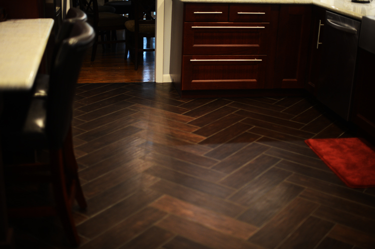 Tile That Looks Like Wood Floors Cashinginfo - Dark brown tile that looks like wood