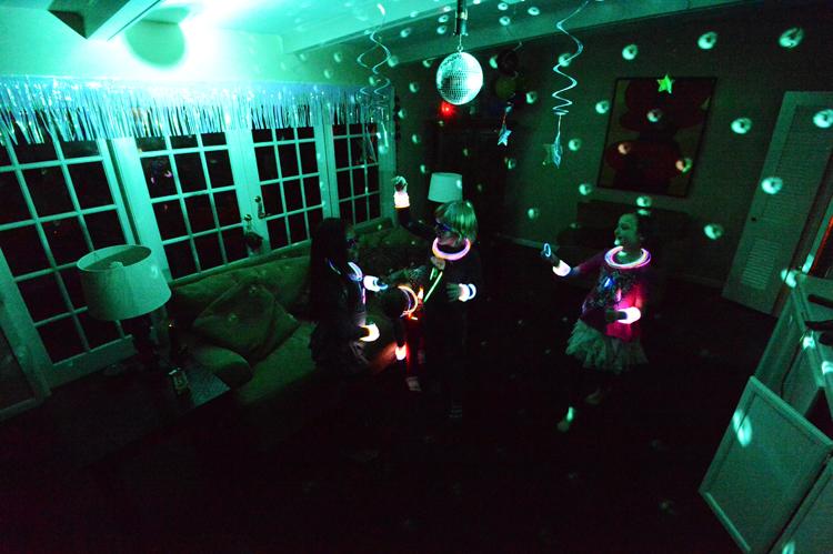 danceparty01.jpg