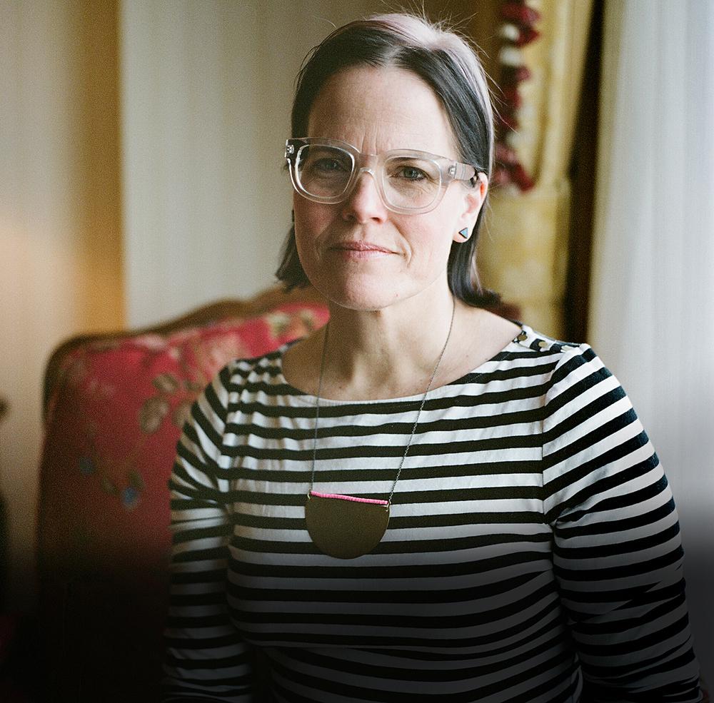 lisa, 47