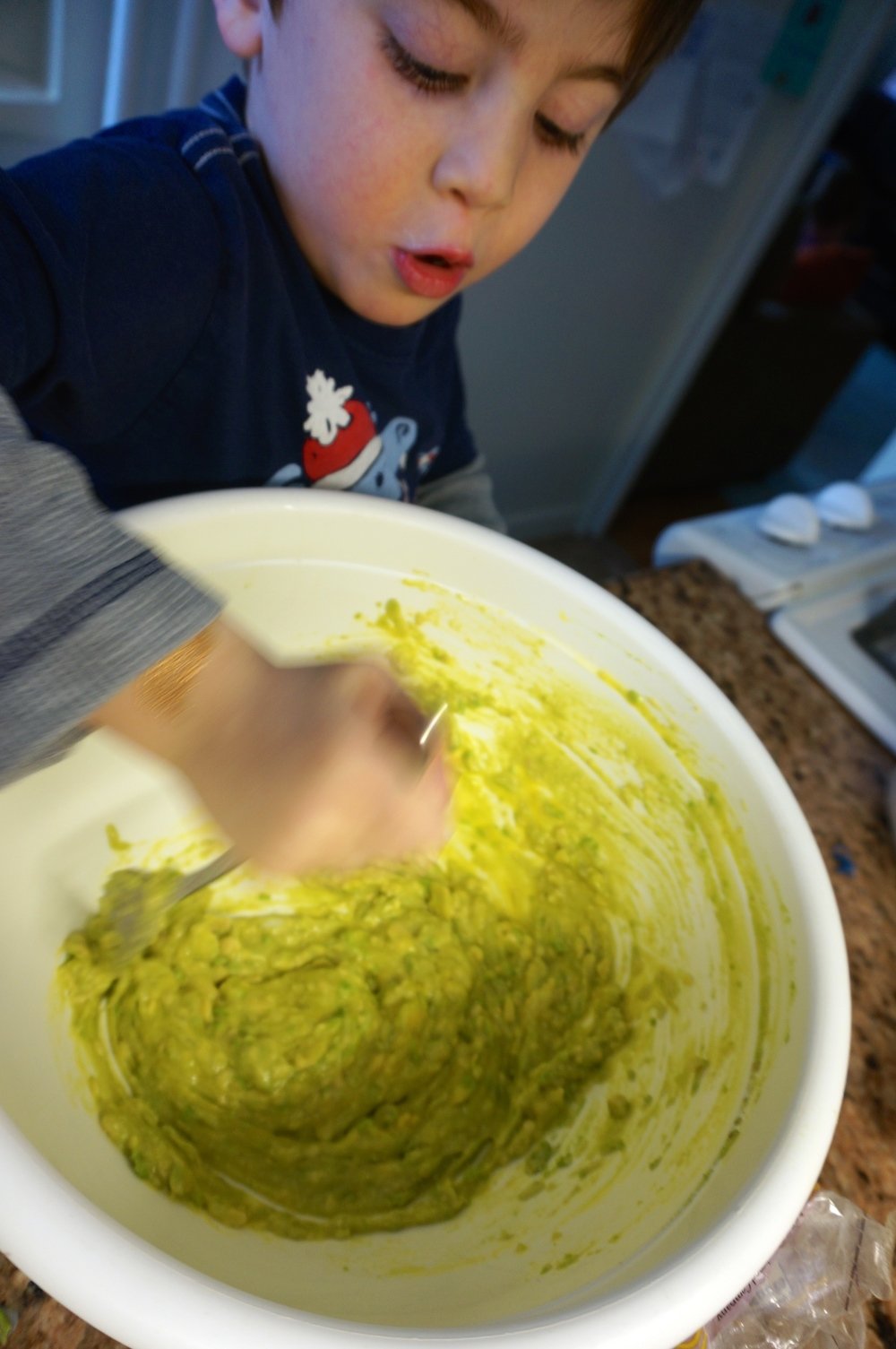 avocado and egg for cookies