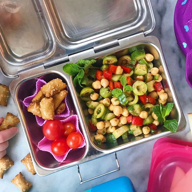 Hi! I'm Kayla from @thefamilyfoodproject and I am taking over Gillian's page and stories today! I have two young daughters, one of which who will be starting Kindergarten in the Fall and I know that many lunch-packing days lie ahead. We eat a #glutenfree #dairyfree and predominately #plantbased diet and I aim for every meal to be both nutritious and fun.  Today's lunch features a chopped chickpea salad, dusted with parsley, mint and Lebanese 7 spice! I tucked in some cherry tomatoes and peanut butter pretzels on the side. Check out my page for the details! Thanks again for hosting me Gillian and I hope to see you over @thefamilyfoodproject. . . . . . . . #lunchboxideas #lunchideas #veganlunch #veganlunchbox #chickpeas #lalalunchbox #lunchboxforkids #preschoollunch #toddlerapproved #planetbox #takeovertuesday #healthylunchideas #healthylunchbox #healthylunchboxideas #healthylunchforkids #thefamilyfoodproject #jerf #wholefoods #dairyfreevegan