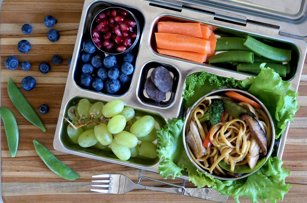 Chicken and Veggie Lo Mein Lunchbox