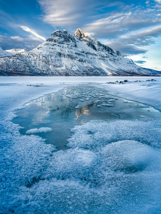 Icy reflections at Novafjellet
