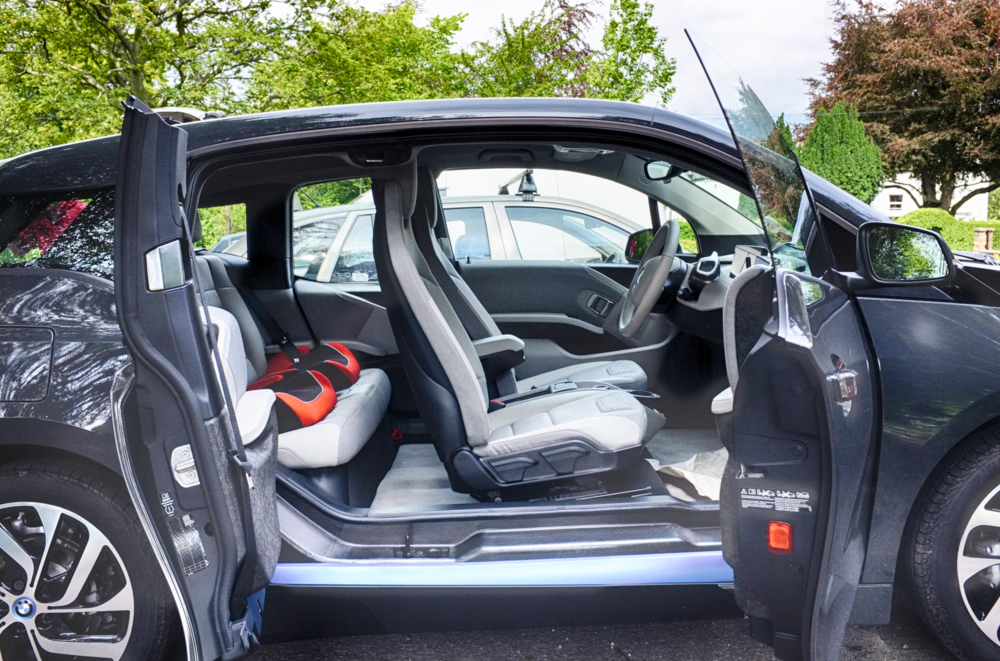 BMW i3 - Doors open