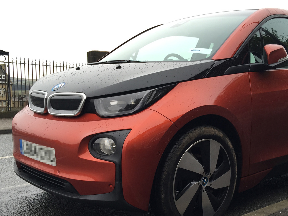 BMW I3 IN SOLAR ORANGE