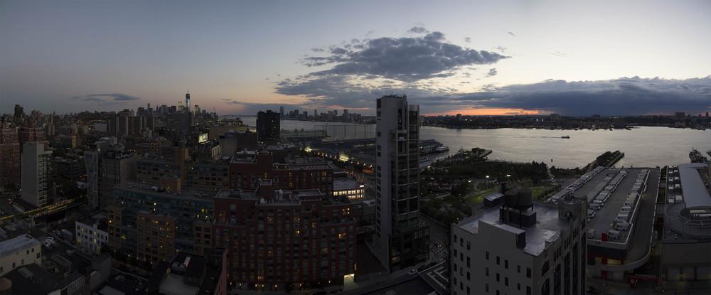New York Skyline. © 2012 Manny Tejeda