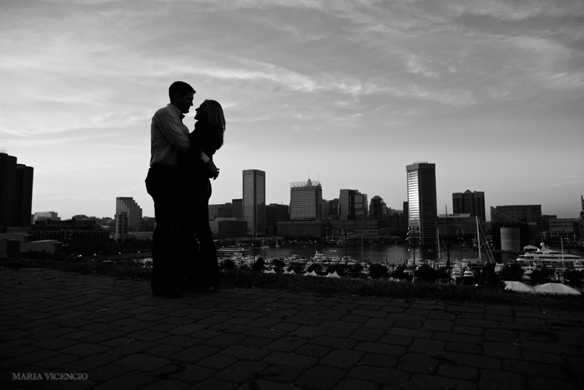 Federal Hill Park engagement, Maria Vicencio Photography