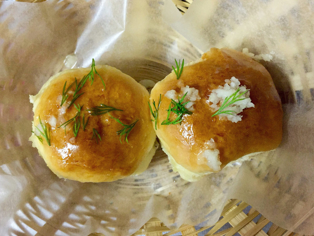 These garlic buns? A top ten offline thing I loved this week.