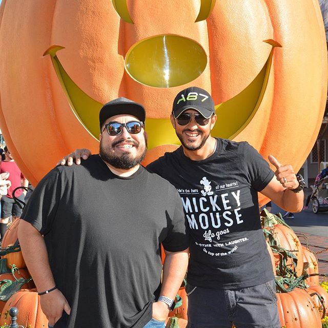This year I started a new tradition with my dad. We did a father and son road trip. No wives or kids just the boys. So we decided to kick it all off by driving to California and going to the happiest place on earth- @disneyland we've had so much fun doing everything we wanted to do. #fatherandson #roadtrip #disneyland #disneyhalloween #familytradition #familyroadtrip #happiestplaceonearth