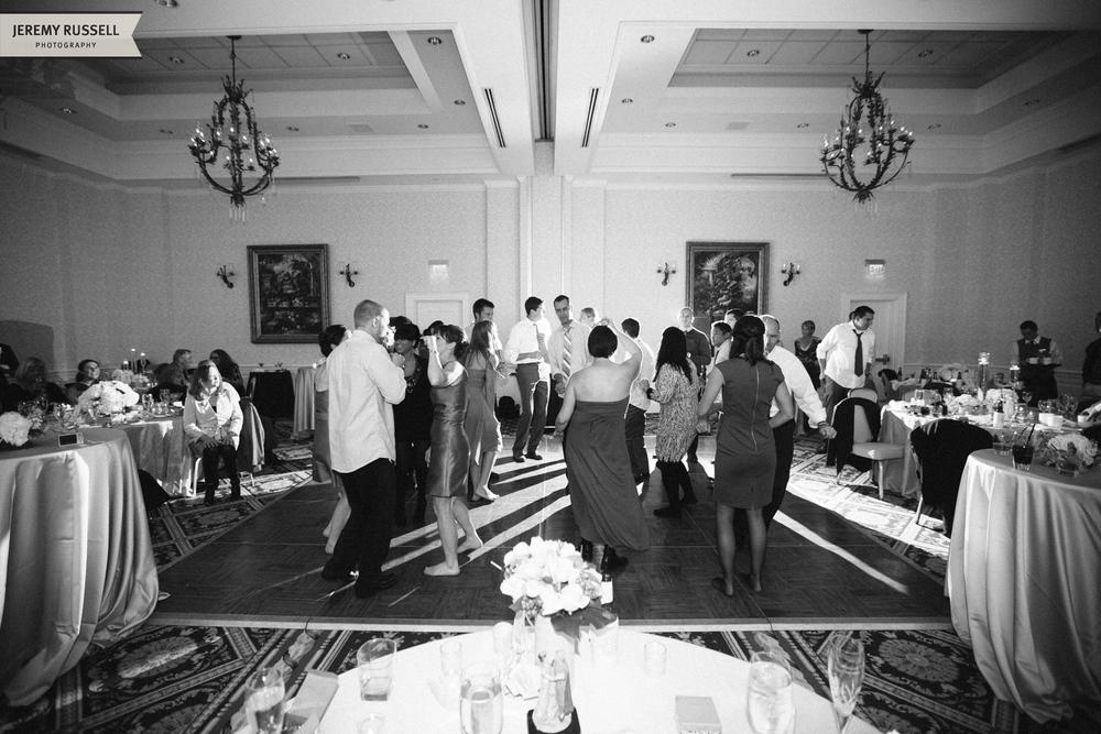 Jeremy-Russell-1211-Tara-Inn-Biltmore-Wedding-39.jpg