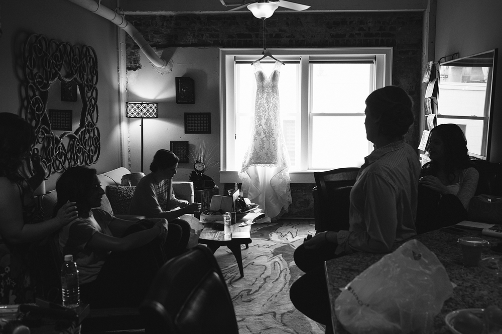 jeremy-russell-claxton-farm-wedding-1405-02.jpg