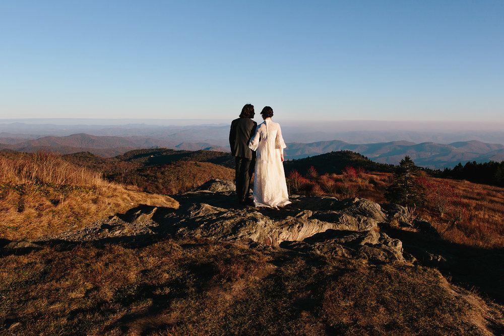 jeremy-russell-asheville-elopement-mountain-16-05.jpg