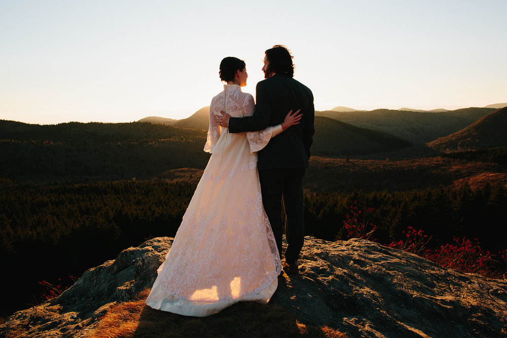 jeremy-russell-asheville-elopement-mountain-16-17.jpg