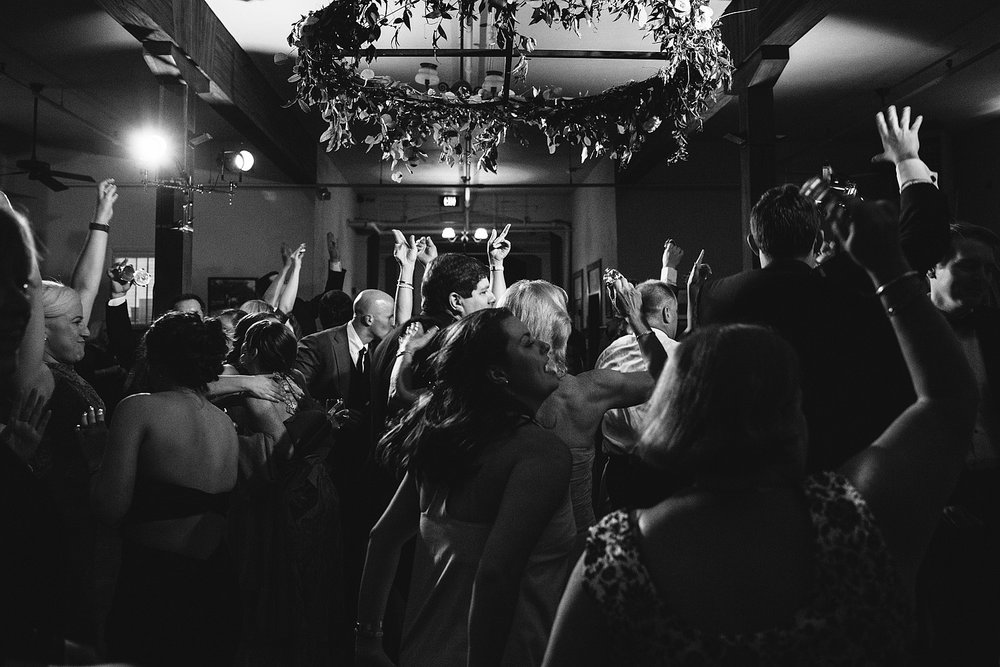 jeremy-russell-nashville-wedding-16-41.jpg