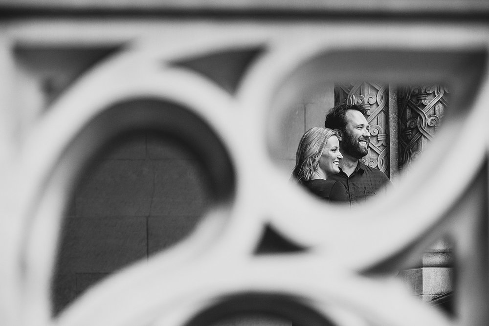 jeremy-russell-rainy-biltmore-engagement-1710-02.jpg