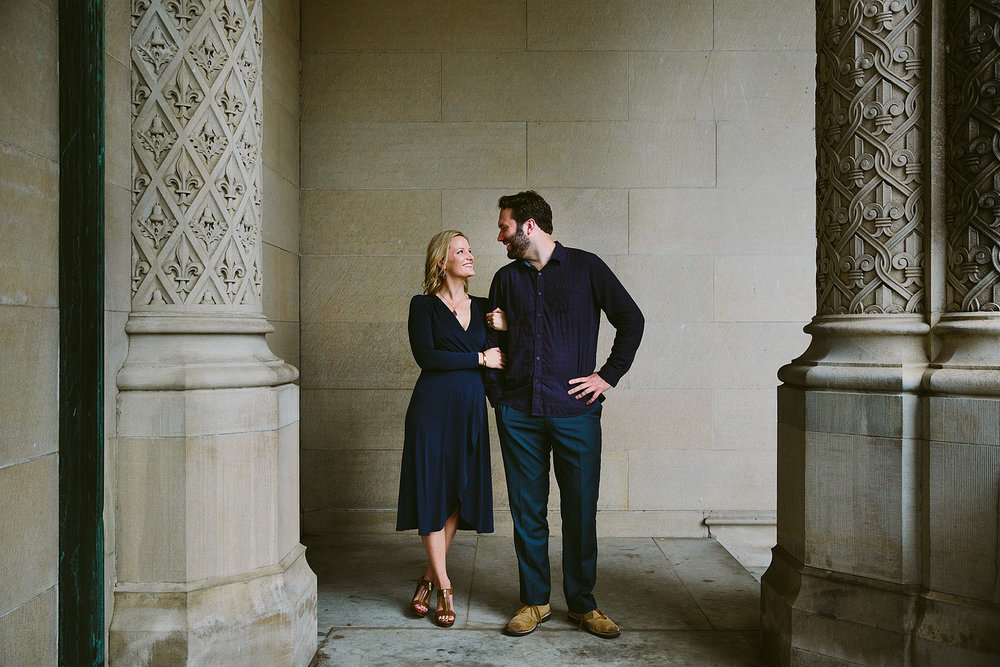 jeremy-russell-rainy-biltmore-engagement-1710-01.jpg