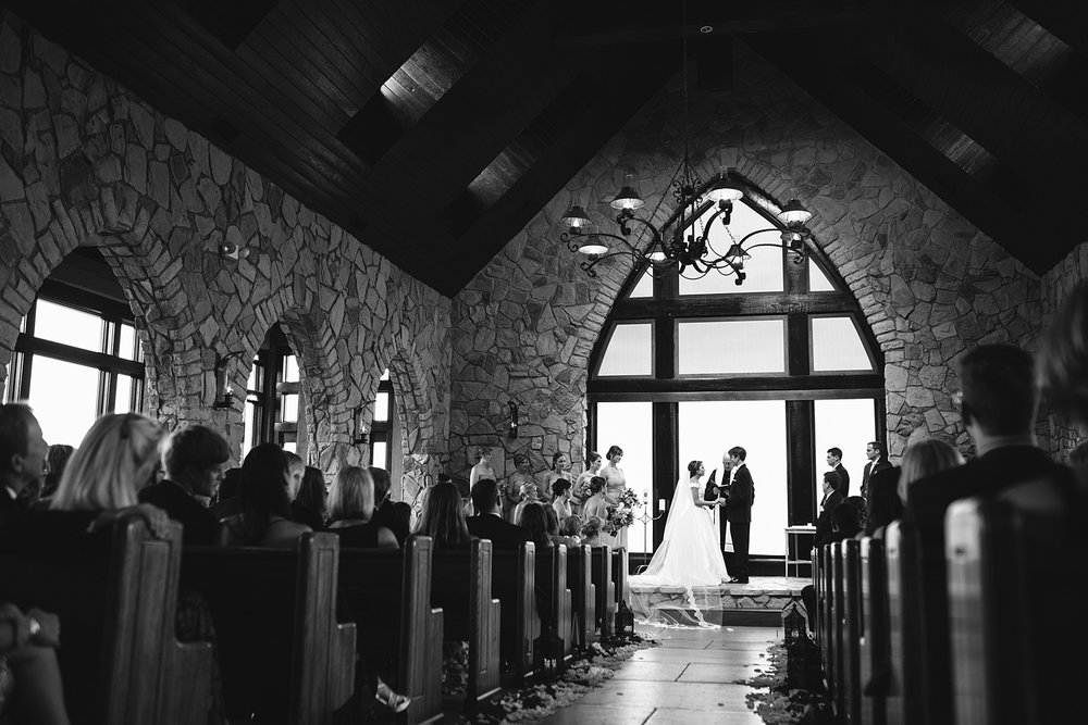 Jeremy-Russell-Cliffs-At-Glassy-Chapel-Wedding-15-38.jpg