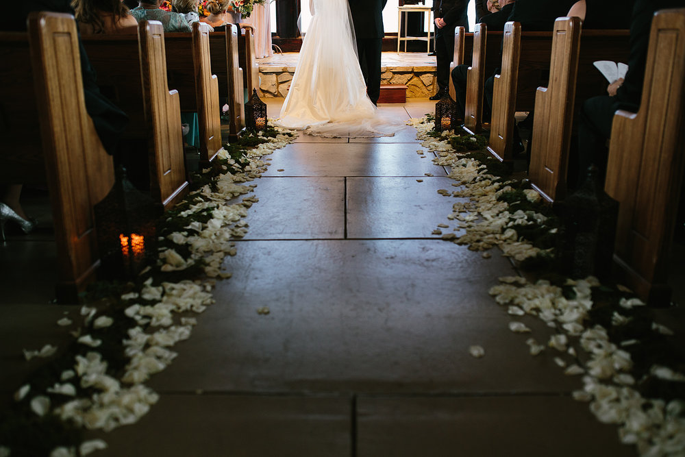 Jeremy-Russell-Cliffs-At-Glassy-Chapel-Wedding-15-31.jpg