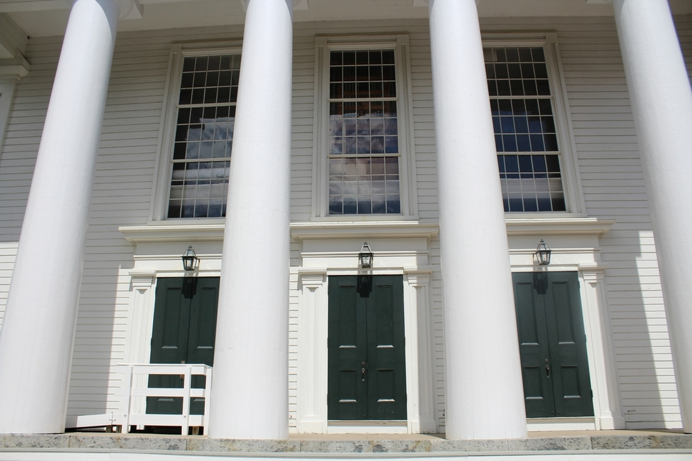 tn_Old Whaling Church.JPG