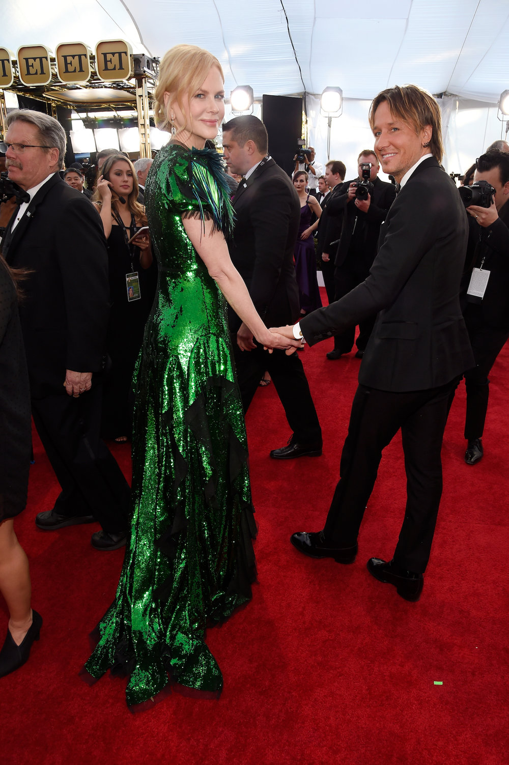 LOS ANGELES, CA - JANUARY 29:  Actor Nicole Kidman (L) and musician Keith Urban attend The 23rd Annual Screen Actors Guild Awards at The Shrine Auditorium on January 29, 2017 in Los Angeles, California. 26592_011  (Photo by Kevin Mazur/Getty Images for TNT) *** Local Caption *** Nicole Kidman;Keith Urban