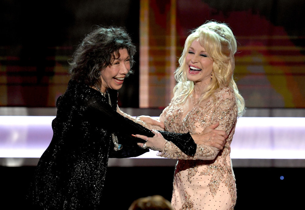 LOS ANGELES, CA - JANUARY 29:  Actor Lily Tomlin (L) accepts the 2016 SAG Life Achievement Award from actor/singer Dolly Parton onstage during The 23rd Annual Screen Actors Guild Awards at The Shrine Auditorium on January 29, 2017 in Los Angeles, California. 26592_014  (Photo by Kevin Winter/Getty Images ) *** Local Caption *** Lily Tomlin;Dolly Parton