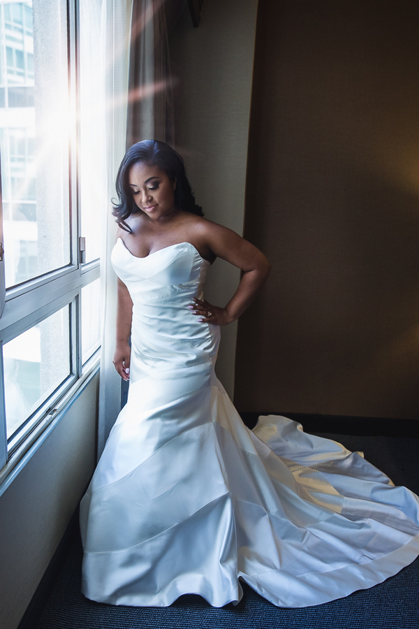Smith_Webster_JudahAvenue_SiennaandKevinweddingatTheCapitolViewat400inWashingtonDCweddingphotographerindc1_low.jpg