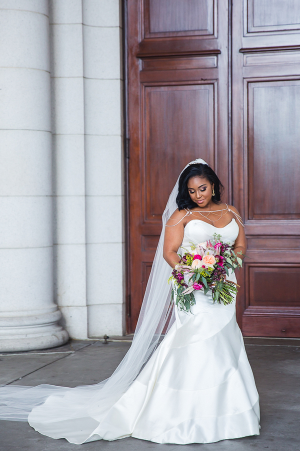 Smith_Webster_JudahAvenue_SiennaandKevinweddingatTheCapitolViewat400inWashingtonDCweddingphotographerindc90_low.jpg