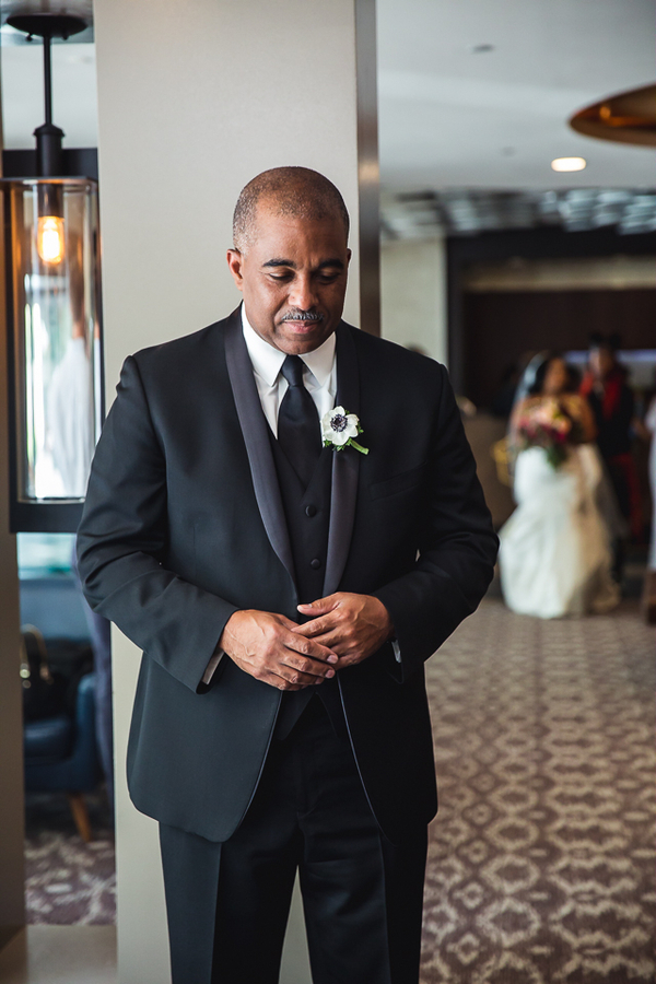 Smith_Webster_JudahAvenue_SiennaandKevinweddingatTheCapitolViewat400inWashingtonDCweddingphotographerindc53_low.jpg