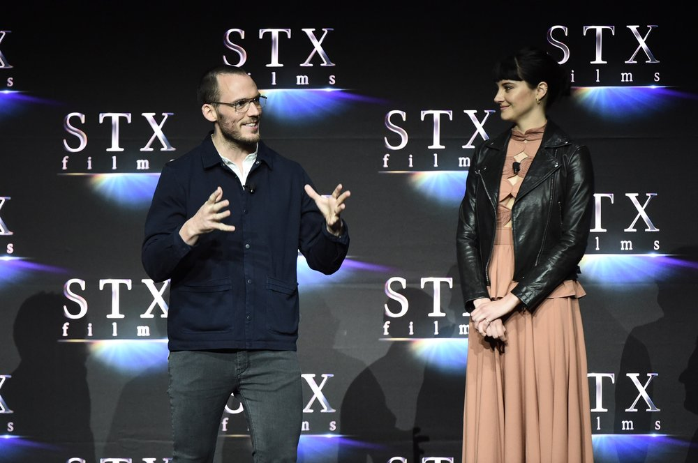 Sam Claflin and Shailene Woodley speak during STXfilms' 2018 CinemaCon Presentation at The Colosseum of Caesars Palace, Las Vegas, NV Tuesday, April 24, 2018.