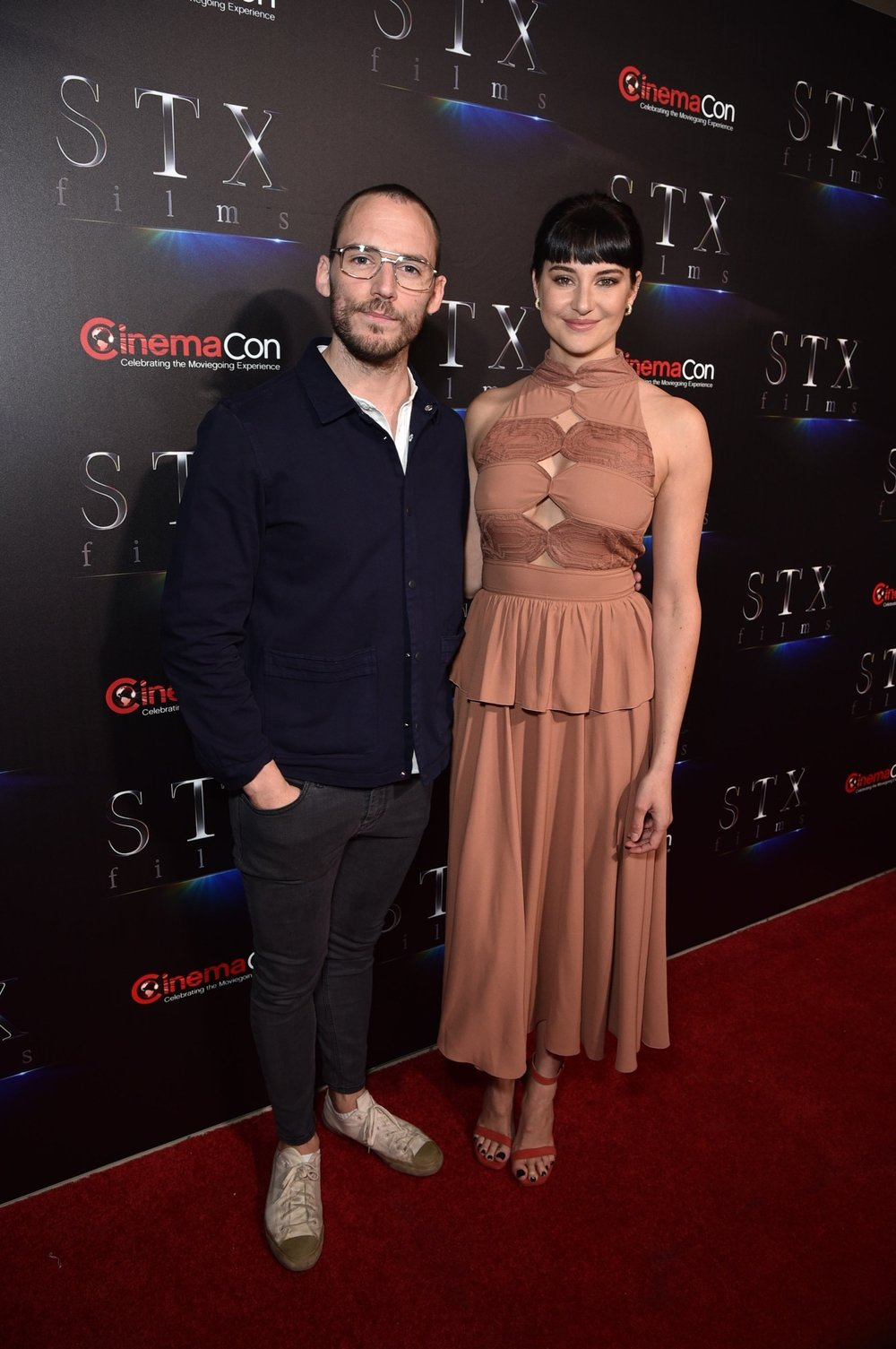 Sam Claflin and Shailene Woodley attend STXfilms' 2018 CinemaCon Presentation at The Colosseum of Caesars Palace, Las Vegas, NV Tuesday, April 24, 2018.