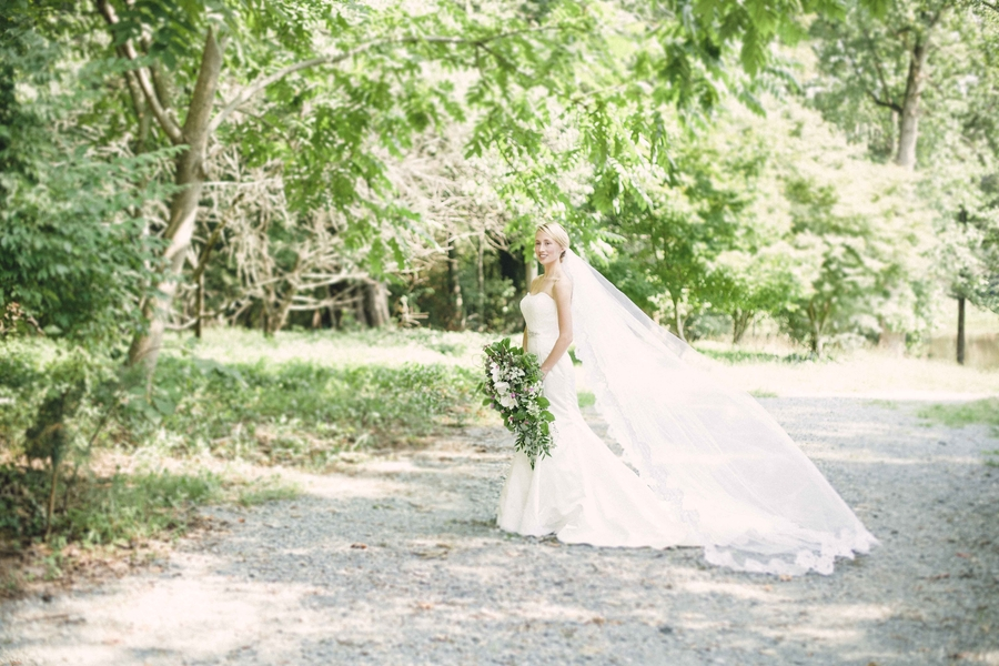 RedBoatPhotography_CamrysBridalSessionforsubmission22_low.jpg