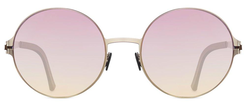Caroline Wozniacki-glasses-3.jpg