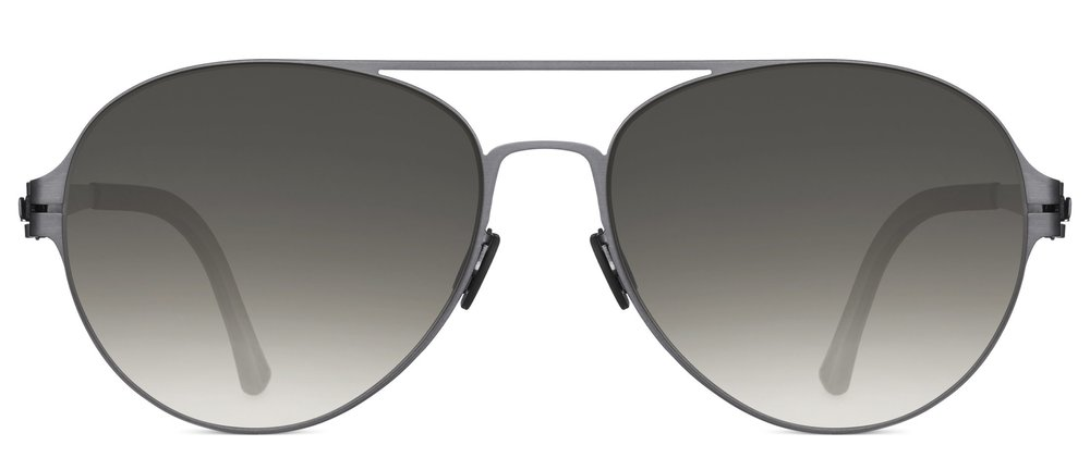 Caroline-wozniacki-glasses.jpg