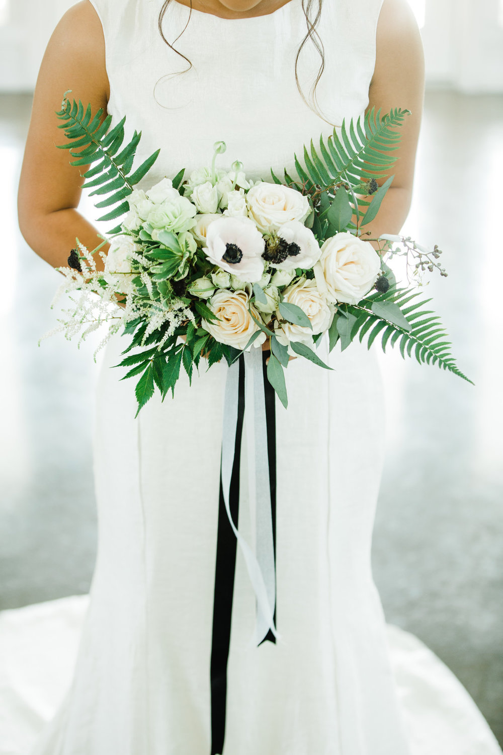 MoniLynnImages_WeddingInspoBridalWildFlowerWeddingVenueMonilynnimages34_big.jpg