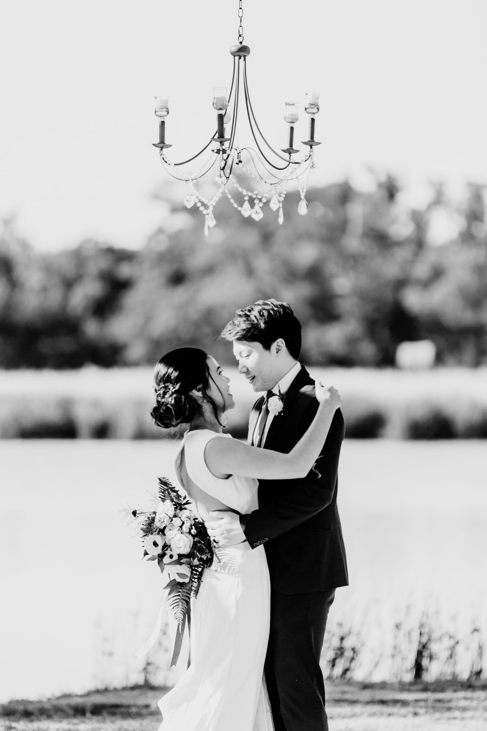 MoniLynnImages_WeddingInspoBridalWildFlowerWeddingVenueMonilynnimages44_big.jpg