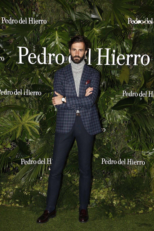 PEDRO DEL HIERRO_12_e6_12_enrique_soli__s.jpg