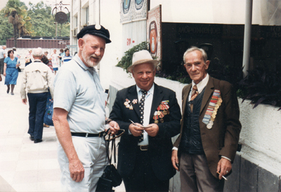 American and Soviet Veterans, Sukhumi, Abkazia, 1988 (photo: Rami Schandall)