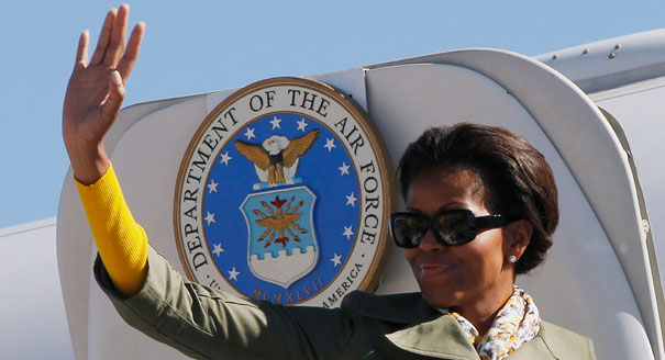 Group sues for Michelle Obama vacation records...