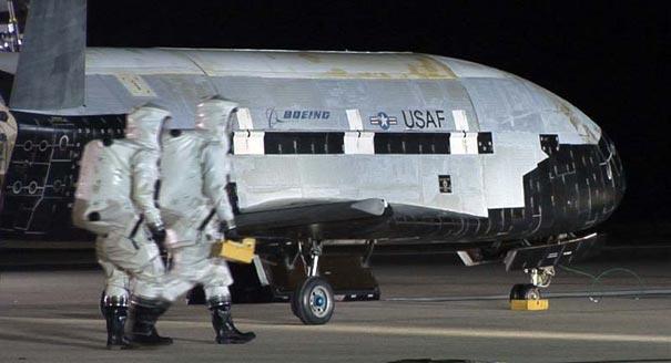 120310af_x37_landing_8001.jpg