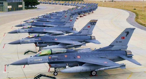 F16_fleet_Wallpaper_iueli1.jpg