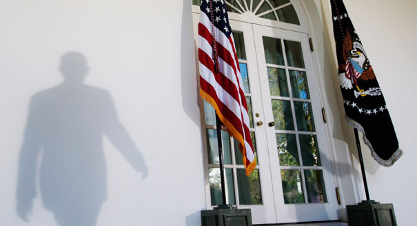 111108_obama_shadow_ap_328.jpeg