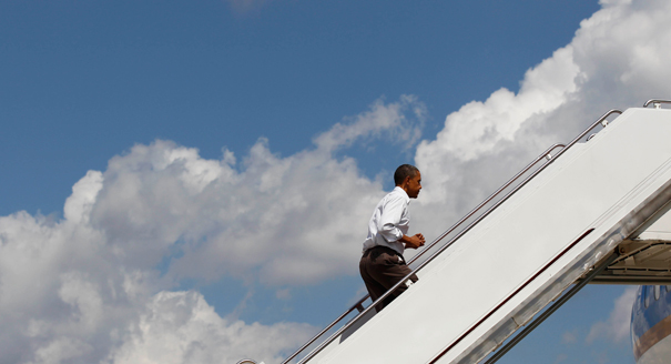 101104_obama_air_force_one1_ap_328.jpeg