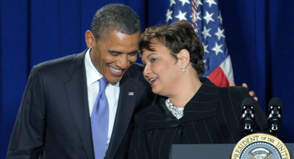 120110_obama_jackson_epa_ap_605.jpeg