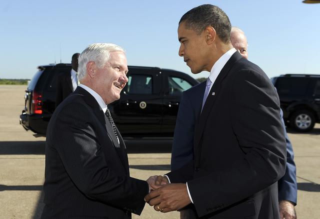 Secretary of Defense Robert M. Gates greets President Barack Obama in College Station, Texas, Oct. 16, 2009, prior to attending the Points of Light Foundation forum at Texas A&M University. (DoD photo by Master Sgt. Jerry Morrison, U.S. Air Force/Released)